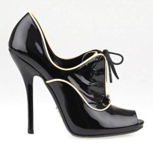 GUCCI BLACK patent Newton Oxford shoes size $1250
